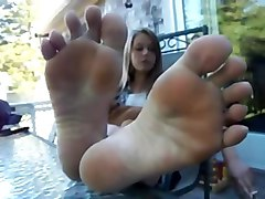 footjob a shoes