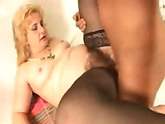older hairy matures blondes