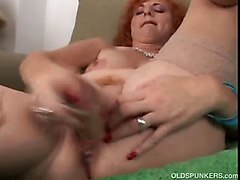 homemade mature couples cum on pussy