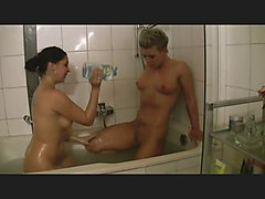 two hottys in the bathtub part 1of3 german csm