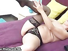 Raunchy mature lady loves to please her part4