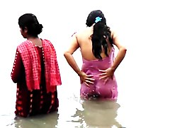 indian girls bath