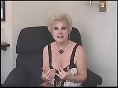 mature blonde mrs jewell fucks on lunch break
