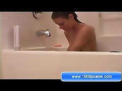 maria from 100tipcams.com sex show in the bathroom