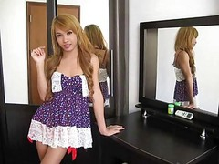 ladyboy to jerk off with
