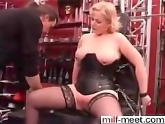 latex pain piercing nealdle bondige hardcore bd