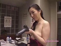2 young girls fuck for money