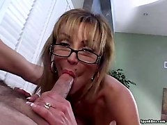 mature wife swallows for the first time