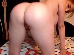 she touches herself and masturbate her wet pussy!!! - she on cams444.com