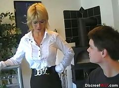 german milf gets banged