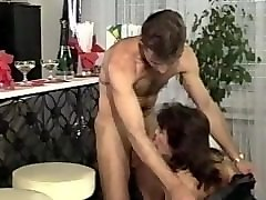 mature amateur bitch gets double anal and