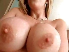 cumshot pussy shemale